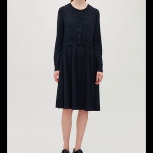 Cos layered knitted dress sz xs in navy blue